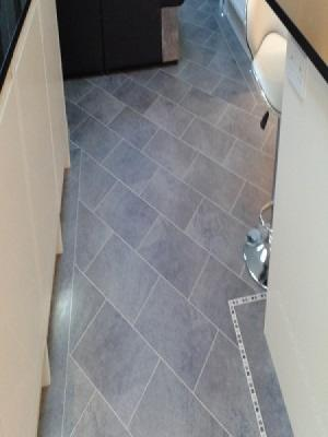 karndean installed by carpetstyle northwood hills. cumbrian stone, ds12 design strips concrete