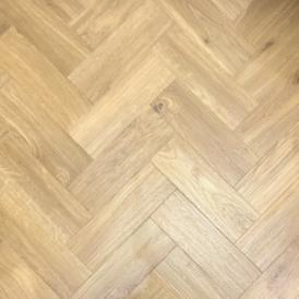 Spacia Traditional Oak Herringbone